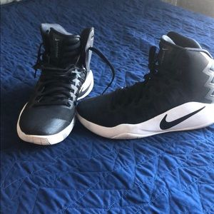 Nike HYPER Dunk Zoom Basketball Shoes